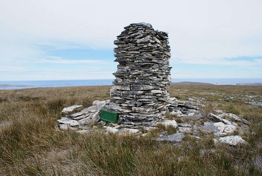 Cairn Mt Weddell, 283m, (1,247ft)